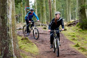 cykelryttere i skoven idrætsefterskole